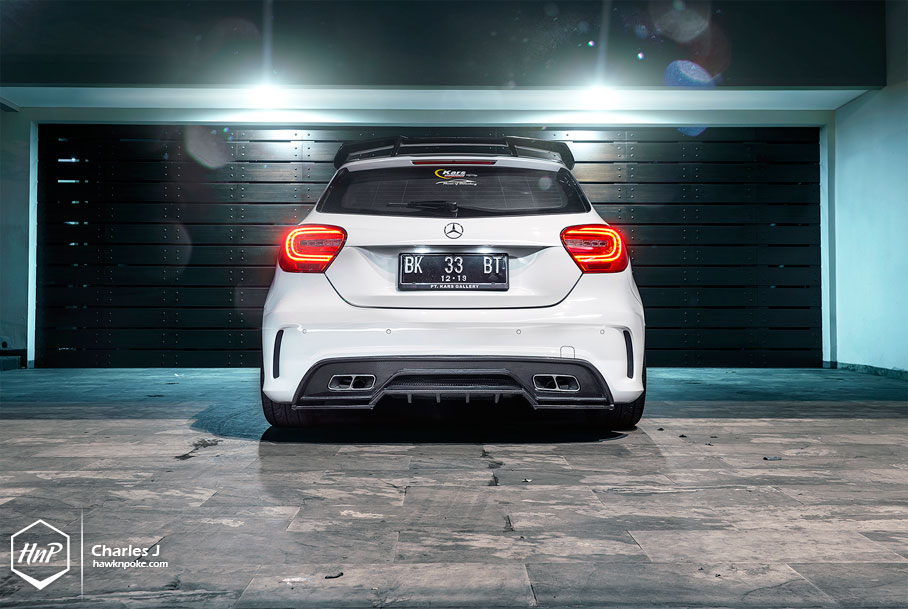 Anti gravity mercedes benz a250 on vorsteiner for Mercedes benz service charges